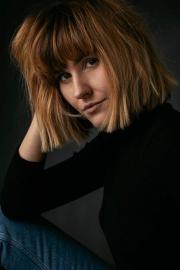 Viktoria-Behr-Portrait-1-6