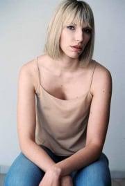 Viktoria-Behr-Portrait-VictoriaH-8